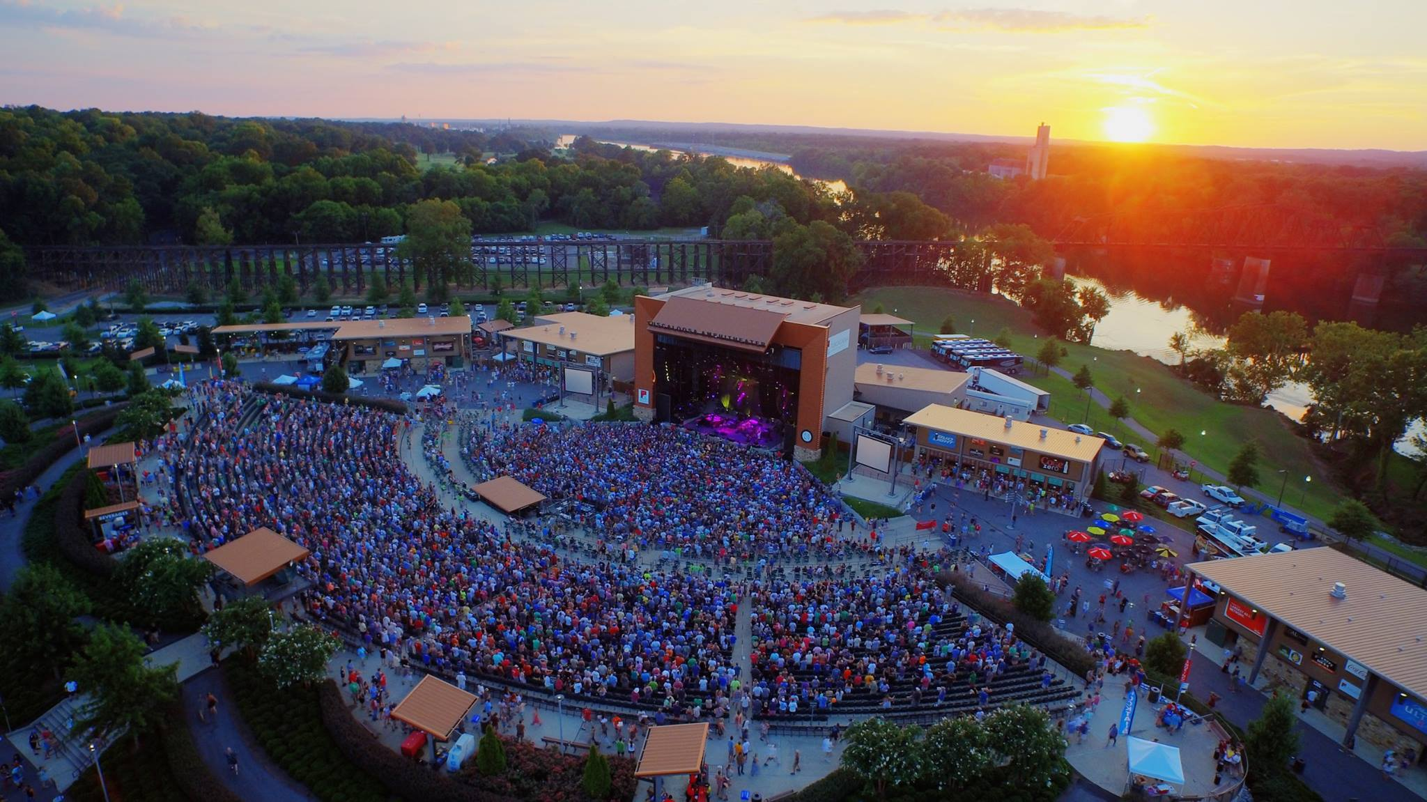 Facebook via Tuscaloosa Ampitheater