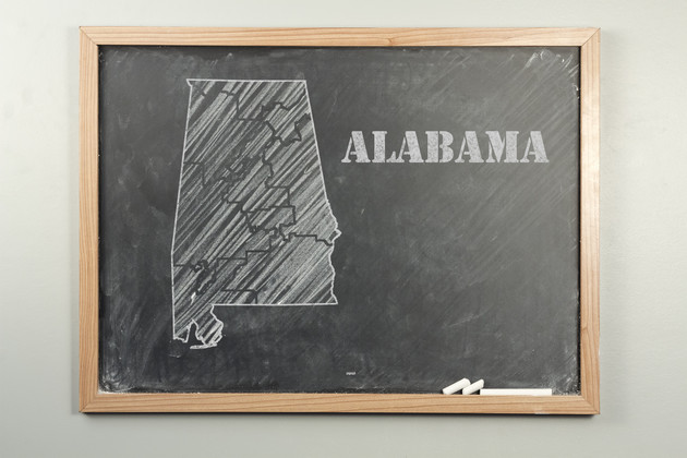 Outlined Alabama US state on grade school chalkboard
